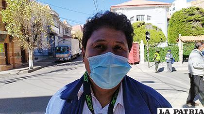 El dirigente vecinal, Víctor Ayaviri /LA PATRIA