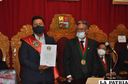 Wilcarani recibió la certificación como nuevo burgomaestre de Oruro /LA PATRIA