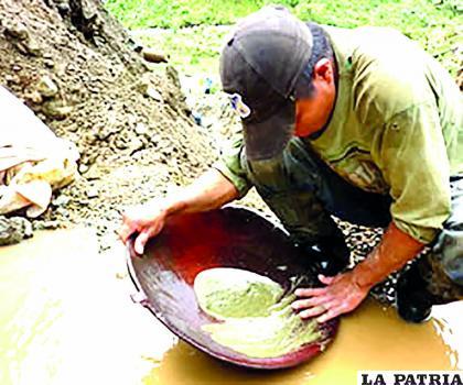 En la zona paceña prevalece el trabajo de los lavadores de oro