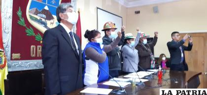 Ayer iniciaron el año legislativo con una sesión de honor /LA PATRIA
