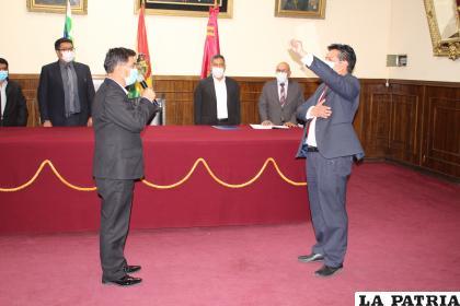 Juan Carlos Challapa es el nuevo director del Sedes /LA PATRIA
