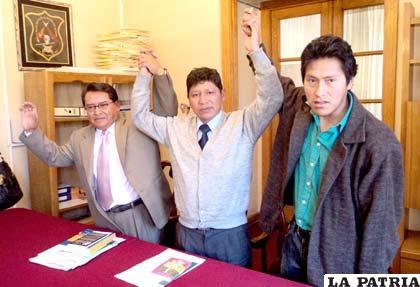 Concejales del Movimiento Sin Miedo, Alfredo Valles, Ricardo Gutiérrez y Geogran Quispe