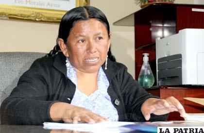 Ministra de Desarrollo Rural y Tierras, Nemesia Achacollo