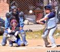 Lobos y Ranger avanzan  en campeonato de Softbol
