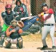 Hernández en el bateo para Taitas