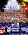 Miles de personas asistieron a la misa de Corpus Christi en la basílica romana de San Juan de Letrán