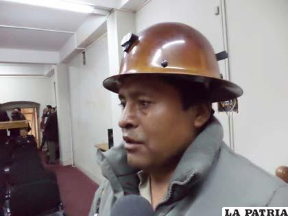 Secretario Departamental de Minería y Metalurgia, Freddy Motiño