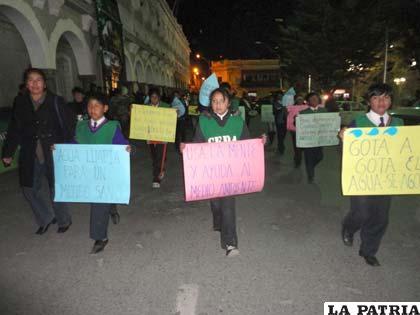 Por el Día Mundial del Medio Ambiente se realizó el desfile ecológico