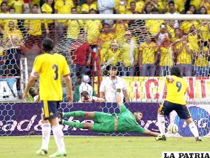 El gol de penal de Radamel Falcao García