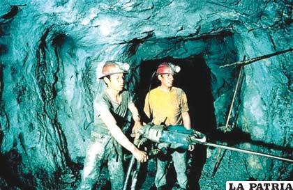 Lento pero seguro es el avance de los cooperativistas mineros
