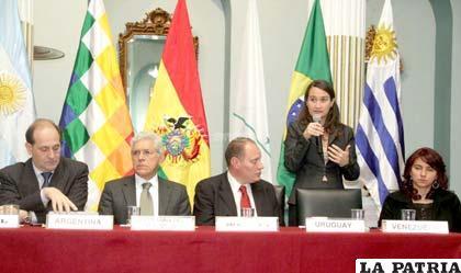 Reunión bilateral entre Bolivia y Uruguay se cumplió ayer