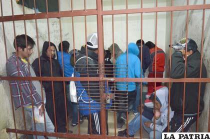 Ciudadanos arrestados por estado de ebriedad e indocumentados