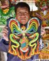 Talentosas manos orureñas se unieron para elaborar el traje típico de la Señorita Oruro 2013