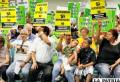 """Inmigrantes piden fin de """"su triste récord de deportaciones"""""""