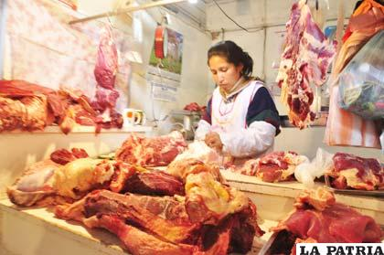 Hay incremento en el precio de la carne de res y en algunas ciudades escasea el producto