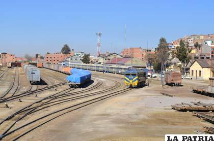 El ferrocarril de Oruro es estratégico para la comunicación con el Pacífico
