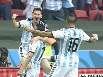 Messi fue autor de dos goles en el partido