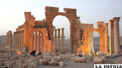 La ciudad siria de Palmira, Patrimonio de la Humanidad, está minada /ecestaticos.com