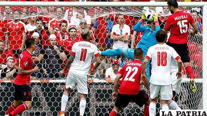 La acción del compromiso en el cual Suiza venció 1-0 /lavozdegalicia.es