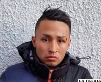 Saulo Mayta alias