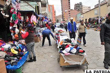 Ropa de contrabando afecta en gran medida a los microempresarios