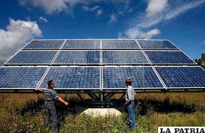 La investigación midió la disminución de la energía solar recolectada por paneles solares que se ensuciaron con el tiempo