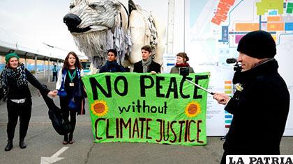 Ambientalistas de Greenpeace denuncian hechos irregulares