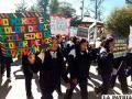 Niños, Policía e instituciones marcharon contra la violencia