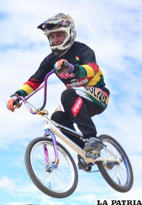 Bicicrosistas orureños demuestran un buen nivel en cada fecha del torneo