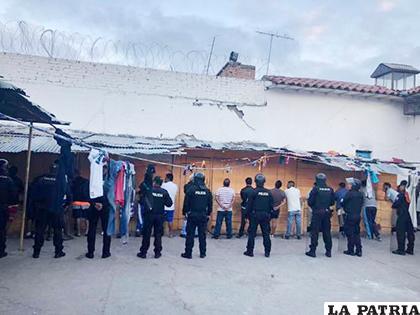 Crisis en cárceles de Ecuador ha dejado varios presos muertos /lahora.com.ec