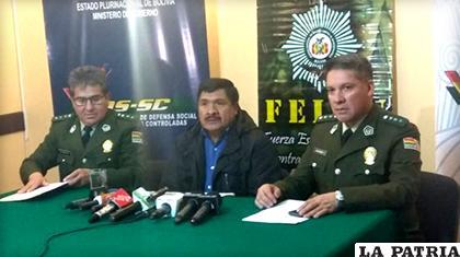 Conferencia de prensa del Zar antidroga y autoridades policiales de la FELCN/ ANF