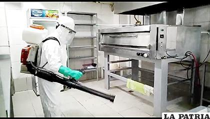 Varios negocios ya fueron desinfectados por el Sedes /SEDES