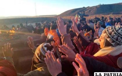 Año Nuevo Aymara, el recibimiento del sol /EXITO NOTICIAS
