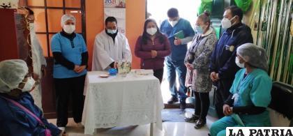 Personal de salud participó de la santa misa /LA PATRIA