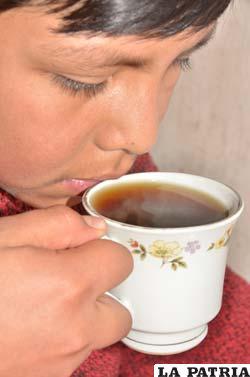 El infaltable café caliente
