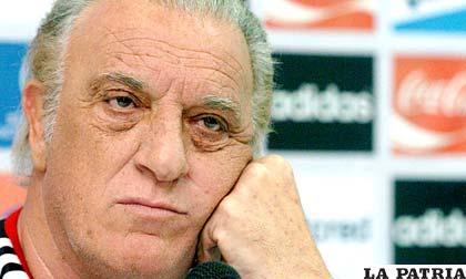 Alfio Basile, ex seleccionador argentino