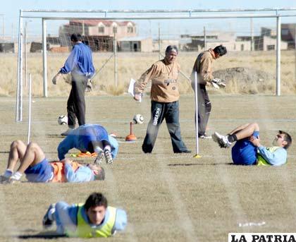 Zuleta dirige el entrenamiento de San José