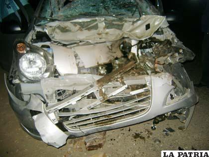 Los daños materiales en la vagoneta particular son de consideración