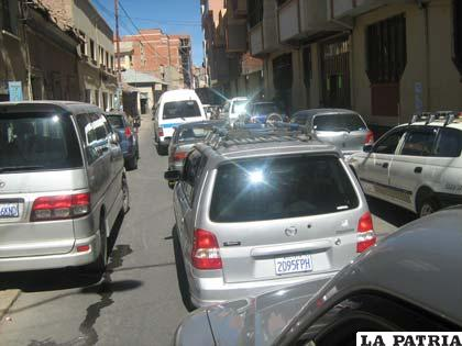 El parque automotor en Oruro se incrementó notablemente