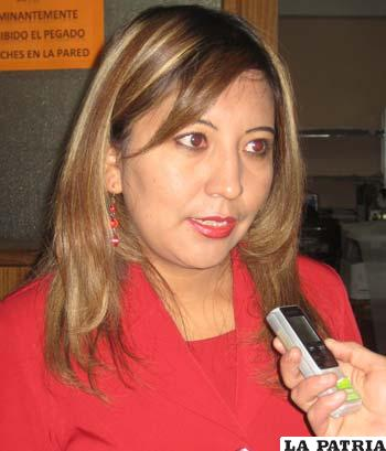 "Keiko Ignacio, directora ejecutiva de ""Educatic"" Bolivia"