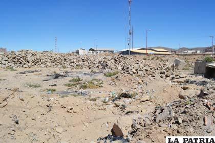 Predios de los depósitos municipales en la calle Ayacucho y Quintana
