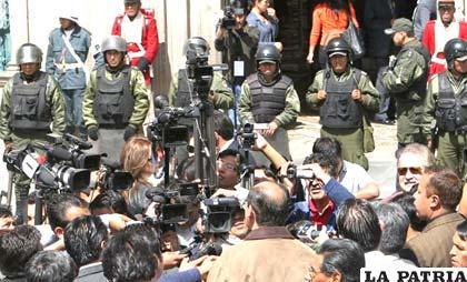 Proyecto de ley de prensa mantiene expectativa en diferentes frentes