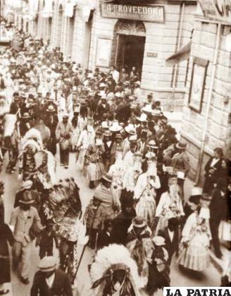 Conjunto Tobas Central en el Carnaval de 1942