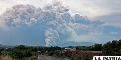 Volcán Colima en erupción /youtube.com