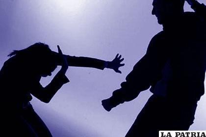 Con amenazas y agresiones el sujeto retuvo a su ex pareja