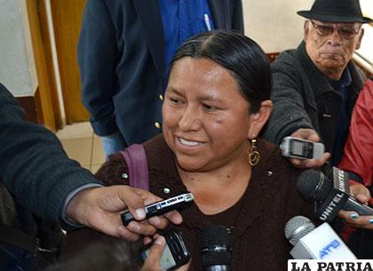 Nemesia Achacollo estuvo en Oruro para aclarar su situación judicial