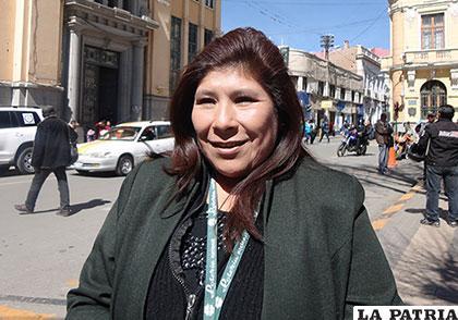 La directora ejecutiva de Lotería Nacional, Rossío Pimentel Flores de Taborga
