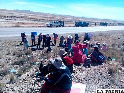 Vecinos de inmediaciones de la Estación de Autobuses Oruro minutos después del desbloqueo