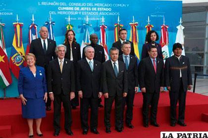 Mercosur podría expulsar a Venezuela si continúa con la Constituyente