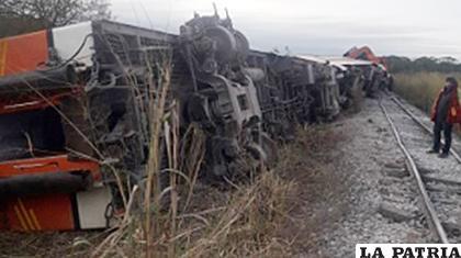 El accidente fue protagonizado por el tren de la empresa Expreso Oriental /eldia.com.bo